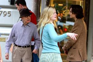 Timothée Chalamet et Woody Allen sur le tournage de «A Rainy Day in New York» (2017).