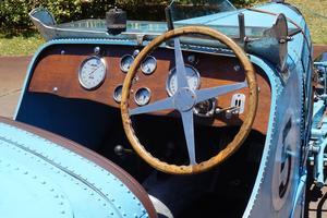 La Bugatti 57 Sport était capable de dépasser les 180 km/h.