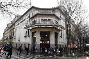 Le cinéma Le Louxor (Xe).