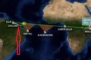 La trajectoire du lanceur (trait blanc) semble dévier de la normale dès le début de la mission, ici à T=8min53s.