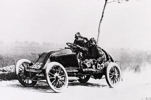 Les débuts héroïques de Renault en compétition.