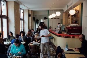 Le Café du Coin (XIe).