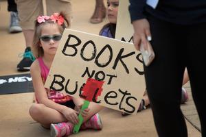 «Des livres pas des balles»