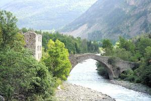 Le pont d'Ondres à Thorame-Haute (Provence-Alpes-Côte d'Azur)