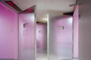 Les «Pink Cells» d'Angélique Stehli, et leur rose à effet tranquillisant, sont au Festival Circulation(s) 2018 au Centquatre-Paris jusqu'au 6 mai.