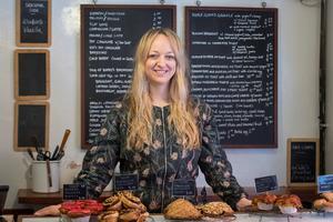 Claire Ptak, cheffe et styliste culinaire.