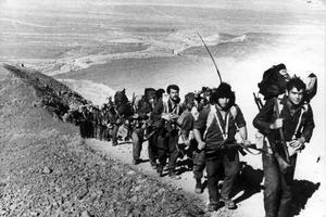 Des soldats israéliens près du canal de Suez en octobre 73.
