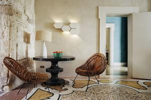 Harmonie sensuelle à l'Hôtel duCloître, à Arles, où a travaillé parpetites touches colorées ethumoristiques la designer IndiaMahdavi.