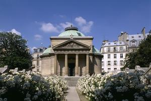 La chapelle expiatoire (VIIIe).
