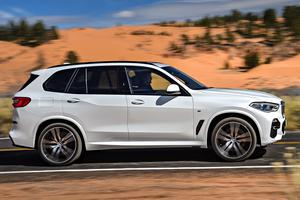 Le X5 est la première BMW à proposer des jantes de 22 pouces en option.