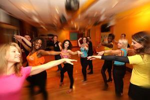 École des danses latines tropicales.