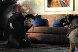 Travolta dans un autre film assassiné par la critique.