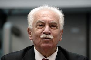 Dogu Perinçek, est connu pour avoir nié le génocide arménien en 2007.