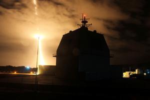 Exercice d'interception d'un missile depuis un destroyer américain.