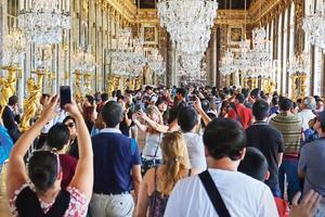 La galerie des Glaces du château de Versailles.