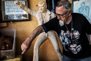 Pierre Ragottaz, l'homme à l'origine de la statue du rockeur et d'une pétition pour son entrée au Panthéon.