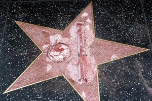 L'étoile détruite au marteau en octobre 2016.