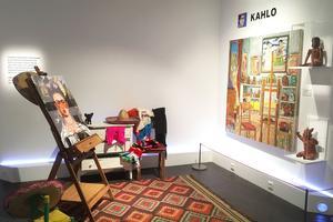 L'atelier de Frida Kahlo par Damian Elwes.