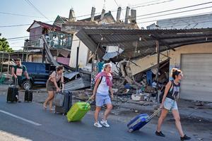 Le tremblement de terre a semé la panique parmi les touristes.