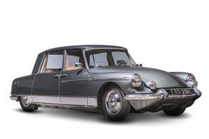 DS 19 Majesty de 1965 carrossée par Henri Chapron.