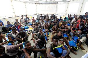 141 migrants se trouvent à bord de l' <i>Aquarius</i>