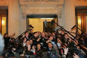 La foule de journaliste, lors du second refus de révision de la Cour de Cassation, le 14 décembre 2006.