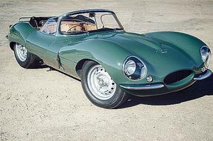 <b>JAGUAR XKSS. Avant </b>même de lever le voile sur le programme courant 2016, la série des neuf copies de XKSS était déjà attribuée au prix de 1,27 million d'euros (hors taxes). Presque une bonne affaire puisque l'un des 16 châssis produits en 1957 flirte actuellement avec les 12 millions d'euros.
