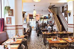 Le restaurant Les Caves Saint Gilles (IIIe).