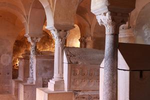 La crypte mérovingienne de Notre-Dame de Jouarre (77).