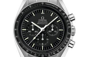 Speedmaster Moonwatch ayant servi pour le modèle spécial du Raid, mouvement à remontage manuel, 4400 €, Omega.