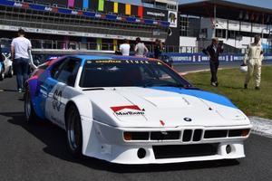 La BMW M1, qui fête ses 40 ans, est à l'honneur au ZOute avec la présence de plusieurs modèles de course et de route.