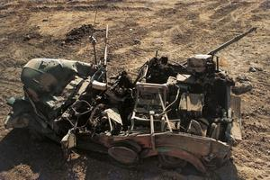 Épave d'un véhicule blindé lors de la guerre du Kippour en octobre 1973 en Syrie.