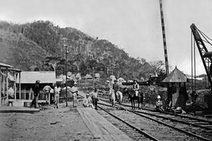 Ferdinand de Lesseps (1805-1894) est le promoteur du percement du canal de Panama, pour relier l'océan Pacifique et l'océan Atlantique.