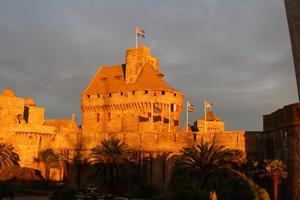 Le 24 octobre,un spectacle son et lumière est prévu sur les murs du château.