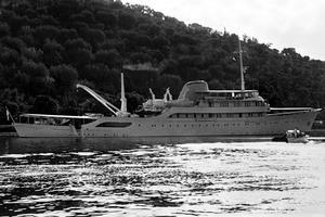 Le yacht «Christina» du milliardaire grec Aristote Onassis à Skorpios en 1968.