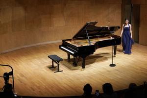 Béatrice Stelzmüller a proposé, en deuxième partie de concert, la Fantaisie en do majeur de Schumann et la Fantaisie impromptue de Chopin.
