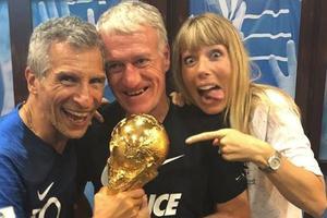 Didier Deschamps, Nagui et sa femme Melanie Page après la finale du Mondial.