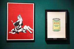 «Queen Vic» (2004) et «Soup Can» (2005) (Yellow/Emerald/Brown), clin d'œil à Warhol, a été vendue à 46.800 euros.