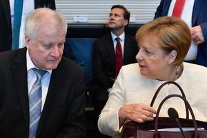 Rien ne va plus entre Angela Merkel et Horst Seehofer, son ministre de l'Intérieur (ici en juillet 2018).