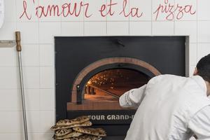 La pizzeria Marco Marco.