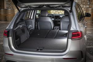 Dans cette configuration, le coffre a une capacité de plus de 700 litres.