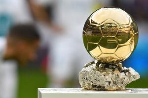 Le dernier Ballon d'Or de Cristiano Ronaldo, en décembre 2017.
