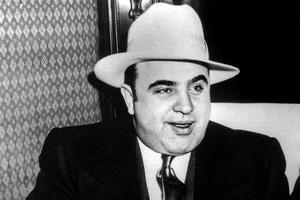Al Capone (1899-1947) grande figure de la Mafia à Chicago, ici vers 1927.