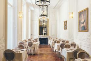 Hôtel Alfred Sommier, restaurant LesCaryatides (VIIIe).