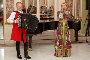 Musiciens en représentation au centre culturel russe.