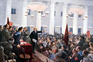 Lénine pendant le 2eme congrès des soviets des députés ouvriers et des soldats de Russie au Palais de Smolny de Leningrad à l'automne 1917.