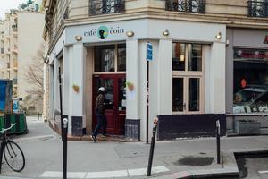 Le Café du coin.