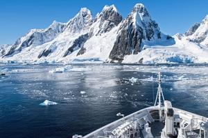 L'Antarctique, un voyage extraordinaire au sens propre comme au figuré.