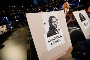 Kendrick Lamar ne se produira pas sur scène mais assistera dimanche à la cérémonie.