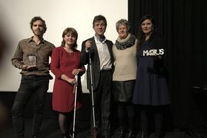 Morgan Renault (à gauche), lauréat 2018, a remis le prix du Marius à Dune Cherville (à droite), pour «Pupille».